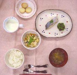 2019.4.10給食.JPG